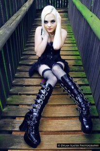 Photo by Dylan Slater PhotographyMake-up by Nicole Tanzen Best